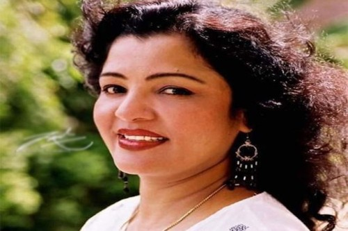 பிரபல திரைப்பட நடிகை காலமானார்