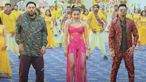 யுவன் சங்கர் ராஜா இசையில் கனவு நாயகி ராஷ்மிகா நடித்து 25 மில்லியன் பார்வைகளை கடந்த Top Tucker பாடல்