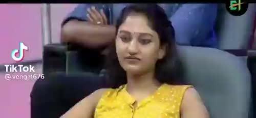 படிச்சிருக்கணும் பணக்காரனா இருக்கணும் மேனேசரா இருக்கணும் 25 சவரன் போடணும்'னு